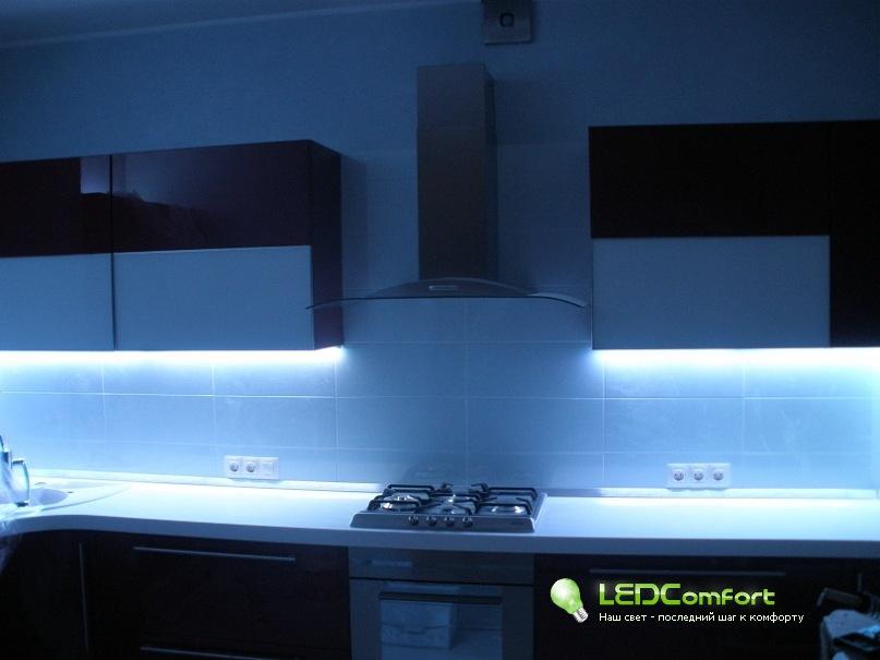 Модулни кухни с LED осветление