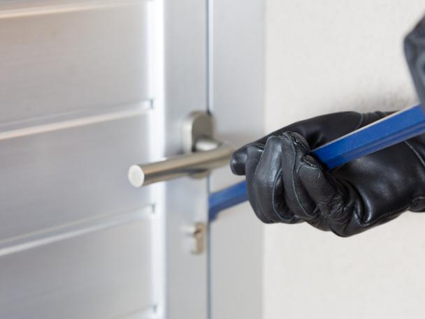 Как да се предпазим от ключари измамници?